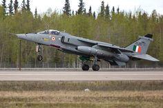 Sepecat (Hindustan) Jaguar IS - Inde - Armée de l'Air Great Pictures, View Photos, Jaguar, Alaska, Air Force, Fighter Jets, Aviation, Aircraft, Military Men