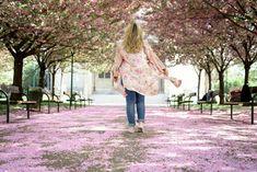 Blogger Outfit Converse Schuhe von Deichmann unter Kirschblüten Zara, Cherry Blossom, Capri Pants, Kimono, Outfit, Fashion, Pictures, Cherries, Moda