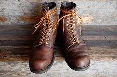 VINTAGE 1970 REDWING 10-HOLE