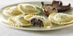 Bonny Vita Recipe: Haggis Ravioli with Black Truffle Whisky Sauce Italian Truffles, Whisky, Mushroom Ravioli, Spaghetti And Meatballs, Homemade Pasta, Plant Based Recipes, Clean Recipes, Italian Recipes, Stuffed Mushrooms