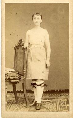 Tracht einer Altenburgerin - 2 Deutschland um 1900 Museum für Sächsische Volkskunst #Altenburg