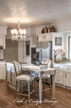 Transformation | A French Country Kitchen | Edith & Evelyn Vintage | www.edithandevelynvintage.com