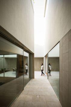 Galería de Wall House / AGi architects - 17