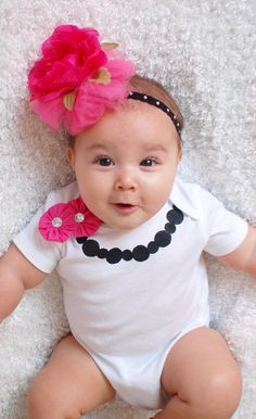Necklace onesie with yoyo pin by osewcutedesigns on Etsy, $15.00