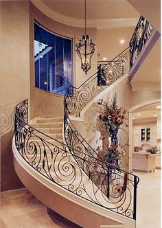 exquisite railing and staircase Wrought Iron Staircase, Iron Stair Railing, Staircase Railings, Grand Staircase, Stairways, Banisters, Railing Design, Staircase Design, Escalier Art