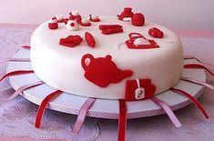 Brincadeira do anel no bolo para as solteiras