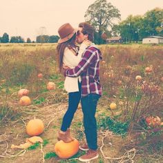 12 More Cozy And Sweet Fall Engagement Photo Shoot Ideas: fun photo with real pumpkins for a fall feel is very natural Share this: Shooting Couple, Couple Posing, Couple Shoot, Fall Couple Pictures, Fall Photos, Fall Pics, Couple Pics, Cute Fall Pictures, October Pictures