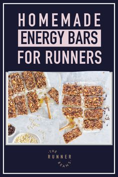 While some run on adrenaline, we prefer energy balls. Loaded with nutrition, these bites of snacks surely keep you charged throughout your run! So instead of being tempted by the vending machine, try making your own bars to satisfy your cravings. Click through to access our recipe and make the best energy balls at home! Healthy Food Habits, Healthy Living Recipes, Good Healthy Snacks, Easy Healthy Recipes, Fall Recipes, Snack Recipes, Energy Balls, Vending Machine, Dessert Bars
