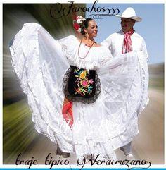 "Traje regional Veracruzano, bailable tipico, ""La bamba"", etc. Veracruz costume typical dance ""La bamba"", etc..."