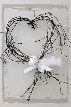 Þarf ekki mikið til að gera fallegt : Easter wreath Happy Easter, Easter Bunny, Easter Eggs, Deco Floral, Arte Floral, Arte Shabby Chic, Valentine Wreath, Valentines, Diy Ostern