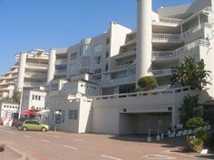 Sorgente 104 - Sorgente 104 is located along the sandy shores of Umdloti Beach in Kwazulu-Natal. This tastefully furnished apartment can accommodate up to six guests and features a fully equipped kitchen with a toaster, ... #weekendgetaways #durban #dolphincoast #southafrica