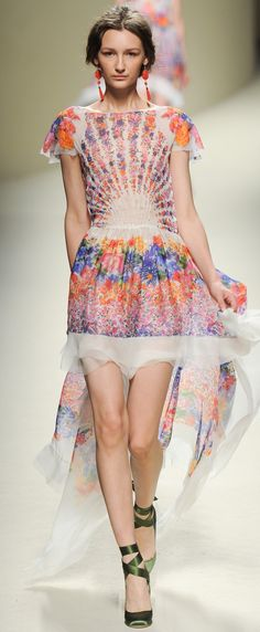 Alberta Ferretti Ready To Wear Spring Summer 2014 white floral dress gown
