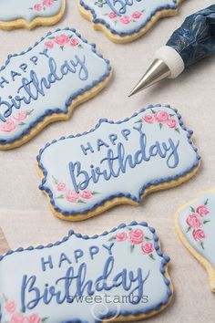 Happy Birthday Writing, Happy Birthday Cookie, Birthday Cookies, Sugar Cookie Royal Icing, Iced Sugar Cookies, Birthday Cake Decorating, Cookie Decorating, Decorating Ideas, Rose Cookies