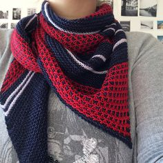 Bryum by Cailliau Berangere, knitted by melimilou | malabrigo Sock in Ravelry Red and Cote D Azure