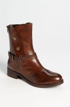 rustic short boots. love