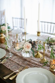 Mauve and Rose Gold Table | photography by http://www.kristynhogan.com/