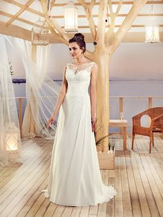 Collections Robes de mariée Melle Adelise Mademoiselle, Ivoire, One Shoulder Wedding Dress, Marie, Tulle, Boho, Wedding Dresses, Collections, Costumes