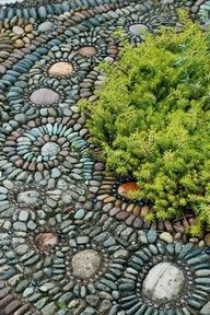 DIY pebble mosaic walkway - Google Search - JULIA - DEPENDING ON WHERE, INCORPORATE PLANTS? WILL THERE ROOTS BE AN ISSUE FOR THE CONCRETE?