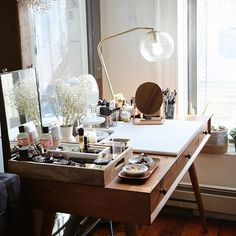 Currently sitting here trying to come up with new content. Is there anything you'd like to see? Review? Love all feedback. #intothegloss#byrdiebeauty#homeinspo#makeuptable#vanity#vanities#instaskin#skincarecommunity#makeupcommunity #Regram via @ohuprettythings