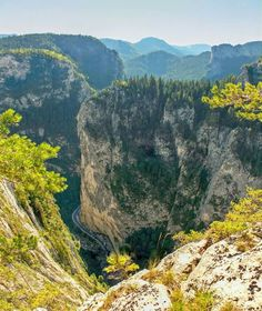 Cheile Bicazului, Romania Amazing Places, The Good Place, Countries, Road Trip, Heaven, Landscape, World, Water, Summer