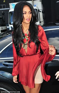 just call me Marilyn! Nicole Scherzinger reveals a bit TOO much as her minidress gets caught in the wind Nicole Scherzinger. Nicole Scherzinger Hair, Cut And Style, My Style, Native American Girls, Celebrity Pictures, Dark Hair, Gorgeous Women, Long Hair Styles, Up Dos