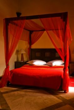 Moroccan Bed Canopy how to create an unbelievably sexy bedroom | canopy, lilac bedroom