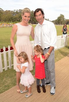 Rebecca Romijn, Jerry O'Connell & Children from the gallery Veuve Clicquot Polo Classic Cute Celebrity Couples, Celebrity Siblings, Celebrity Moms, Celebrity Children, Tv Show Couples, Famous Couples, Famous Twins, Cute Celebrities, Celebs