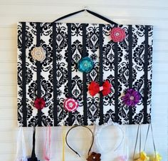Extra Large Black and White Damask Hair Bow Holder - Analisa Rose Boutique (I love the hooks for headbands. Think this will hold Alex and Lola's bows? Large Black, Black And White, Baby Girl Hair Accessories, Organizing Hair Accessories, Rose Boutique, White Damask, Crafts For Girls, Girl Hairstyles, Purple