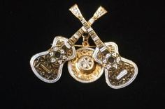 Vintage Signed Spain Damascene Double Guitars Hat Brooch Pin Damascene Pin J130 in Jewelry & Watches, Vintage & Antique Jewelry, Costume, Designer, Signed, Pins, Brooches   eBay
