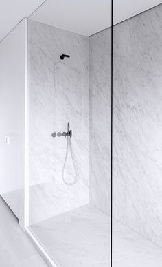 Rolies + Dubois | bathroom M-M | Antwerp #shower #bathroom