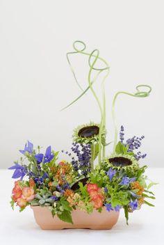 Hands-on Class in the Studio: Fresh Flower Arranging for Beginners | Françoise Weeks European Floral Design