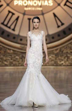 """""""Verdana"""" mermaid dress in Chantilly lace and tulle featuring a sweetheart neckline with transparent illusion tulle overlay and lace appliqués by Atelier Pronovias 2016 collection. Photography: Courtesy of Atelier Pronovias. Read More: http://www.insideweddings.com/news/fashion/gorgeous-wedding-dresses-with-striking-illusion-details/2338/"""