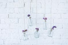 La Chimenea de las Hadas | DIY y Estilo bonitos | Lado bonito de las cosas |: Rama con botellas de cristal y flores diy