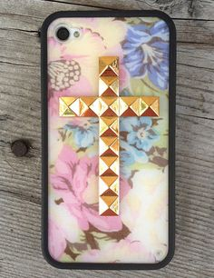 Wildflower welcomes back our **Limited Edition** Vintage Floral Gold Cross iPhone 4/4s case.  Each pastel floral bouquet design varies from case to case as every Wildflower possesses its own rarity.  Only 9 left so grab one while it's still in bloom!  Housed on a durable, matte black firm rubber bumper case.