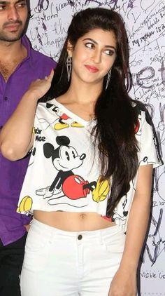 Indian Actress Images, South Indian Actress Hot, Indian Bollywood Actress, Bollywood Actress Hot Photos, Beautiful Bollywood Actress, Most Beautiful Indian Actress, Beautiful Actresses, Bollywood Outfits, Bollywood Girls