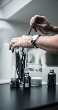 Concentré de saveur Tahiti Vanille, Coordination Des Couleurs, Saveur, Package Design, Microwave, Rings For Men, Packaging, Inspiration, Jewelry
