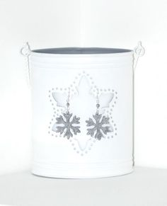Fulgisori Suparati - A cute pair of earrings, with two silver felt snowflakes and two silver glass crystals. They are perfect for the holiday season, a stylish accessory for the wintery days!    Click image to find more cool handmade jewelry by me!  #HolidaySeason #earrings #ChristmasIsComing #felt #snowflake