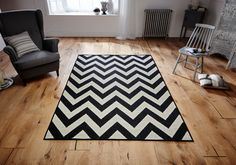Bold & Striking in the most appealing monochrome effect, this Malmo Rug can be a perfect centre piece for any room. #flatweaverugs #modernrugs #designerrugs #antisliprugs #largerugs #runners