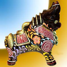 Andean Lucky Pucara Bull 'Floripondio' Pucara friendly Pueblo (Peru).-it is a… Folk Art, Sculptures, Ceramics, Lion Sculpture, Statue, Art, Folklore, Ceramic Figurines