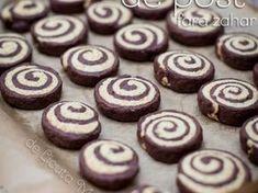 Fursecuri de post fara zahar - imagine 1 mare Vegan Sweets, Sweets Recipes, Vegan Desserts, Cake Recipes, Vegan Recipes, Homemade Sweets, Good Food, Yummy Food, Biscuit Cookies