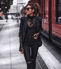 autumn winter fashion trends lace black lace evening wear - The world's most private search engine Heutiges Outfit, Lace Outfit, Lace Dress, Mode Outfits, Fashion Outfits, Rock Chic Outfits, Woman Outfits, Lace Top Outfits, Dressy Outfits