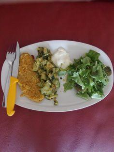 Cotoletta di verdure, Zucchine, Stracchino, Insalata, Olio e pepe
