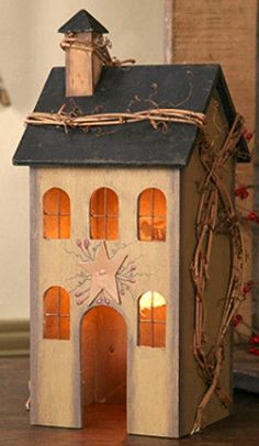 New Primitive Country Tan Saltbox House Lamp Light Windows Grapevine Berry #NaivePrimitive