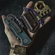And this is for the questions that don't have any answers. =================================== #chaves #chaves228 #chavesknives #rexfordrut #knife #knives #pocketdump #everydaydump #everydaycarry #everydaytactical #pocketknife #knifestagram #knifegasm #knifeporn #noshelfqueens #useyourshit #usnstagram #edcgear #edc #iphoneonly