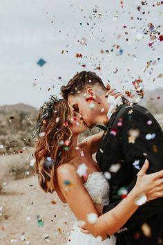 20 Romantic Wedding Kiss Photos of All Time wedding photo pose ideas, kiss wedding photograph ideas - night wedding kiss photo ideas Wedding Fotos, Wedding Kiss, Wedding Bells, Dream Wedding, Wedding Day, Wedding Hacks, Wedding Shot, Boho Wedding, Wedding Bride
