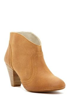 Fall essential bootie