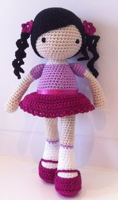 Sweet little crochet doll based on pattern by lilleliis