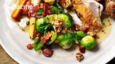 Image: Brussels sprouts with crispy bacon and walnuts