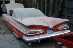 1959 Chevrolet. We had one of these except ours was Black with Houndstooth seat covers. Love this old car.