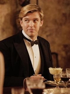 Matthew Crawley..WOW